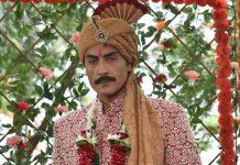 'Anupamaa': Anupamaa faints, Vanraj runs to see her