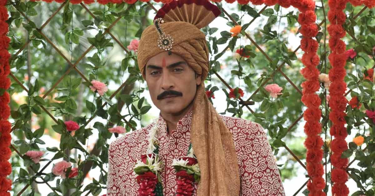 Anupamaa Faints As Vanraj Leaves His New Bride Kavya & Runs Towards Her