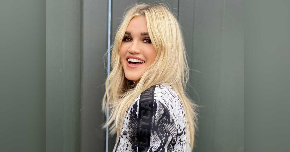 Ashley Roberts Explains Why She Doesn't Need A Man To Financially Take Care Of Her, Read On