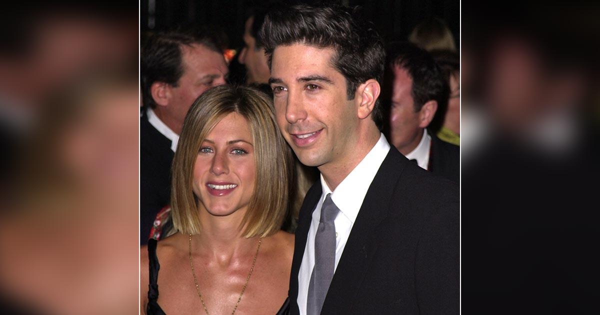 'Crushes' David Schwimmer & Jennifer Aniston Get Comfy-Cosy ….
