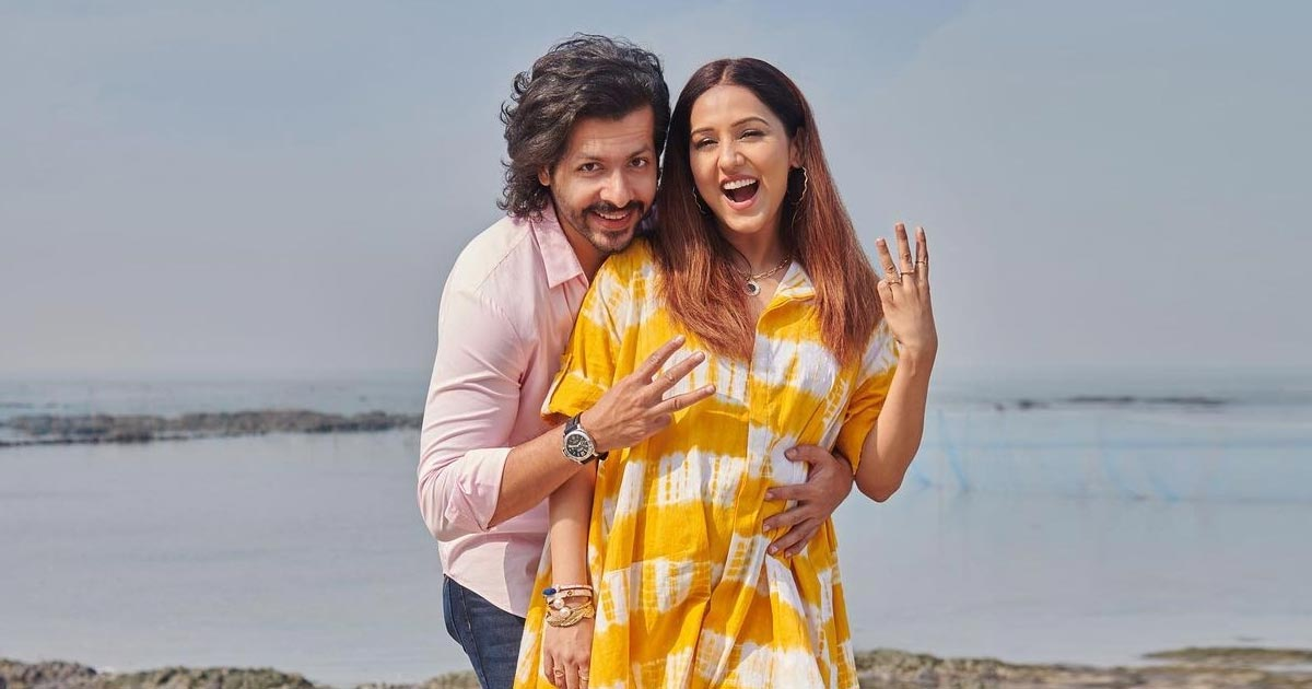 Neeti Mohan & Nihaar Pandya Blessed With A Baby Boy, Read On