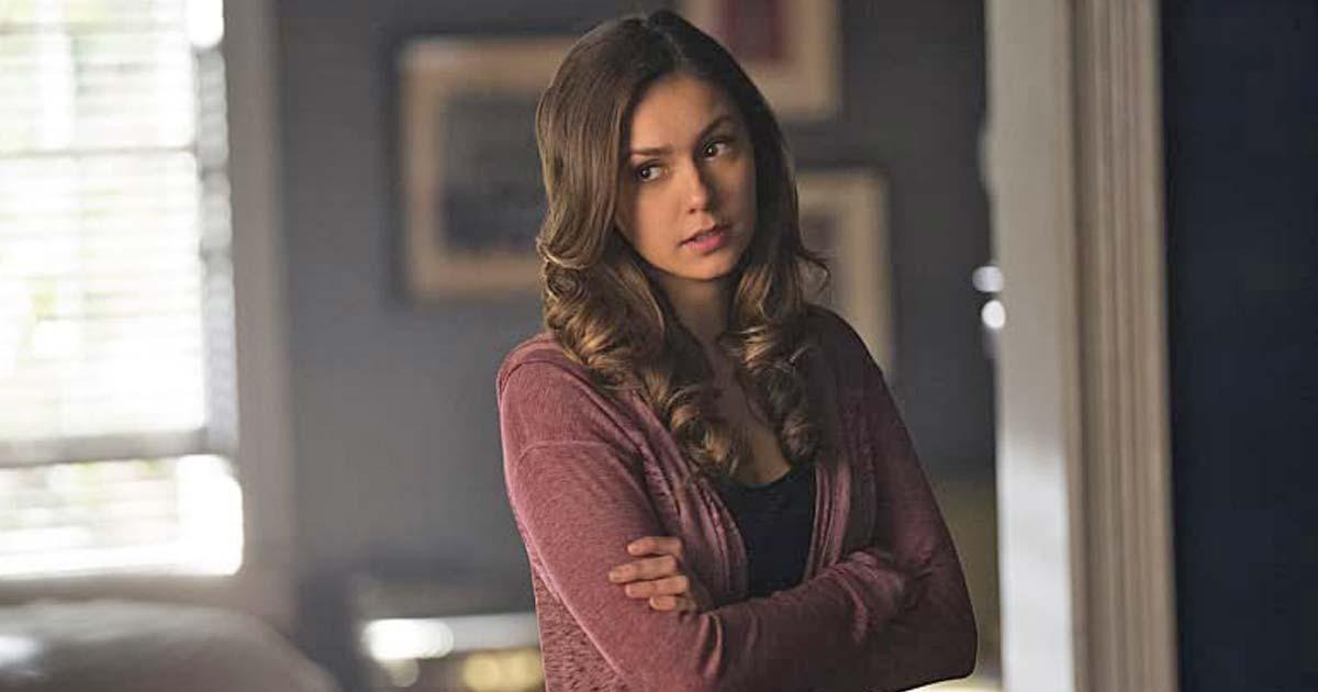 Nina Dobrev As Elena Gilbert In The Vampire Diaries