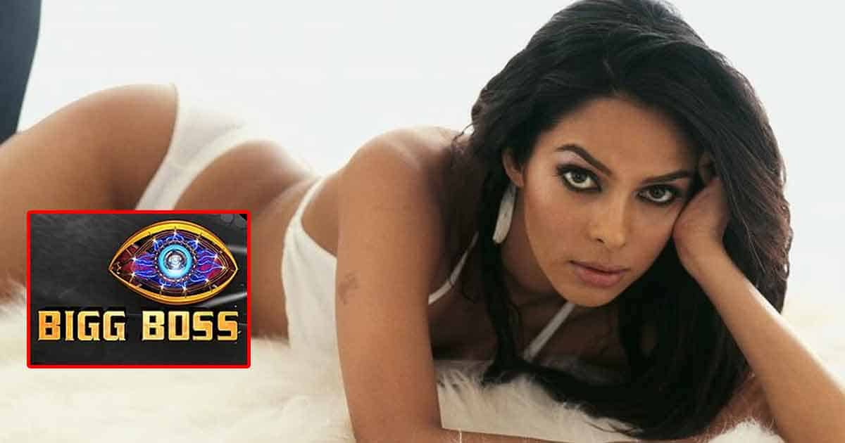 Bigg Boss 15: Mallika Sherawat Approached To Participate As A Contestant But She Declines It Yet Again?