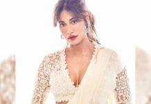 Chitrangda looks stunning in an off-white sari