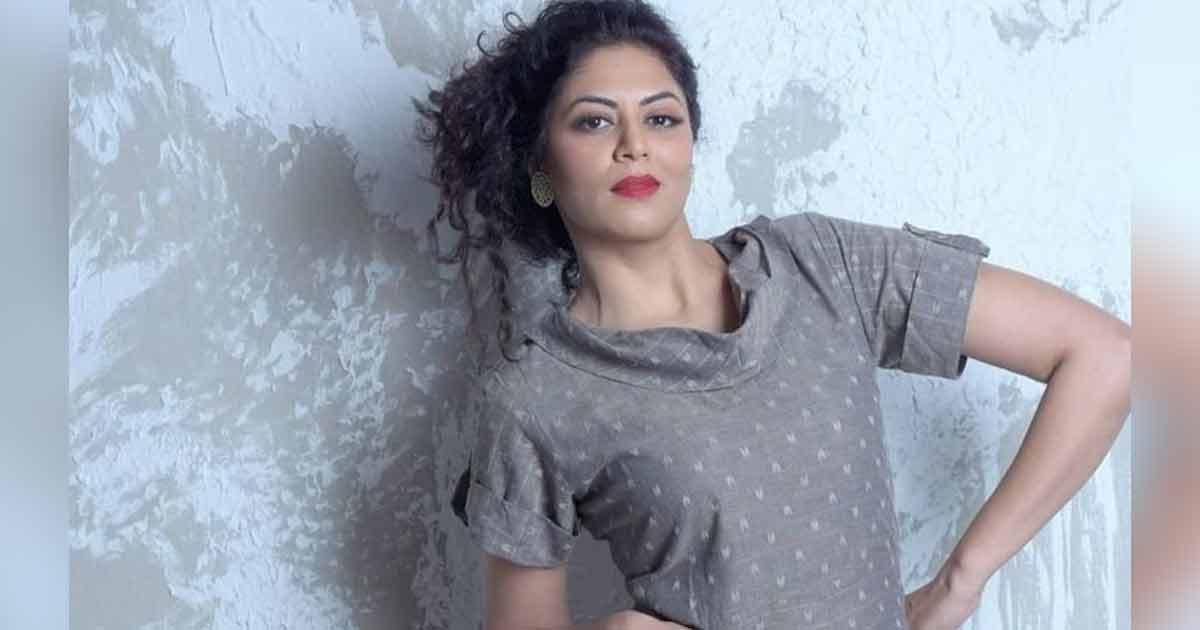 """Kavita Kaushik Hits Out At A Troll Who Made Fun Of Her Age: """"Umar Badhna Paap Hai Kya?"""""""