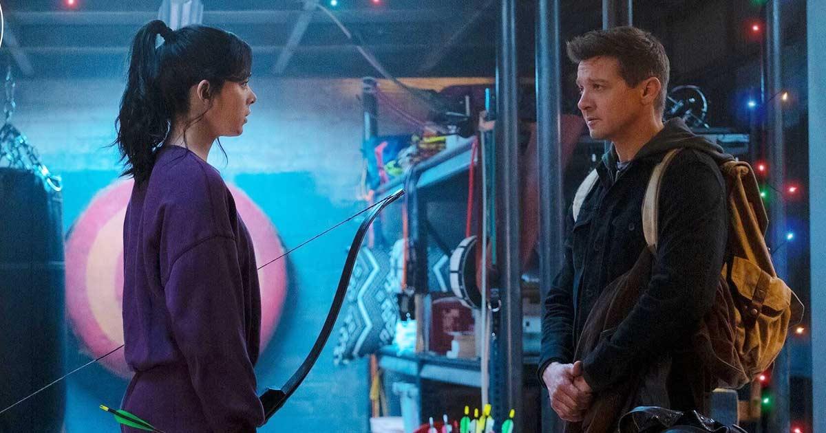 Hawkeye Release Date & First Look OutDisney Reveals Hawkeye First Look Featuring Jeremy Renner & Hailee Steinfeld