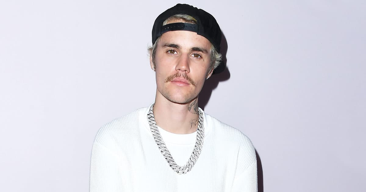 Justin Bieber's Tour Bus Is Lavish Than Most Of Our Homes! Includes Sauna, Bedroom & A Sneaker Closet – Sounds Like A Dream, Right?