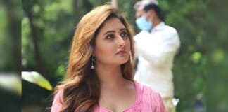 Rashami Desai on what prompted her to sign her debut OTT show 'Tandoor'