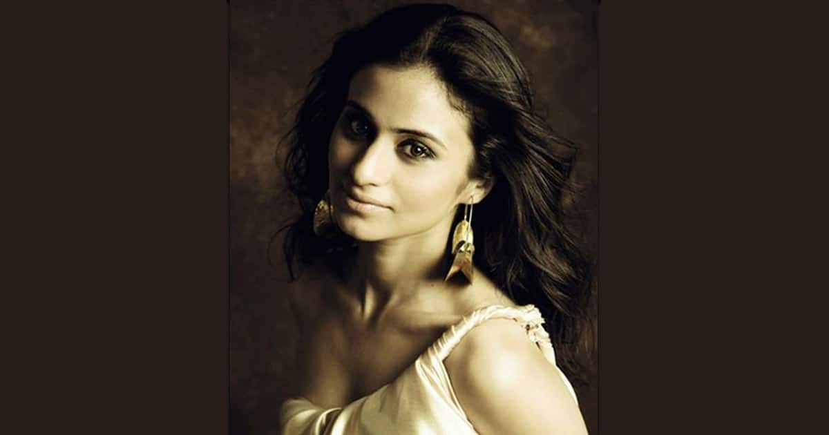 Rasika Dugal posts a throwback picture of her first photoshoot