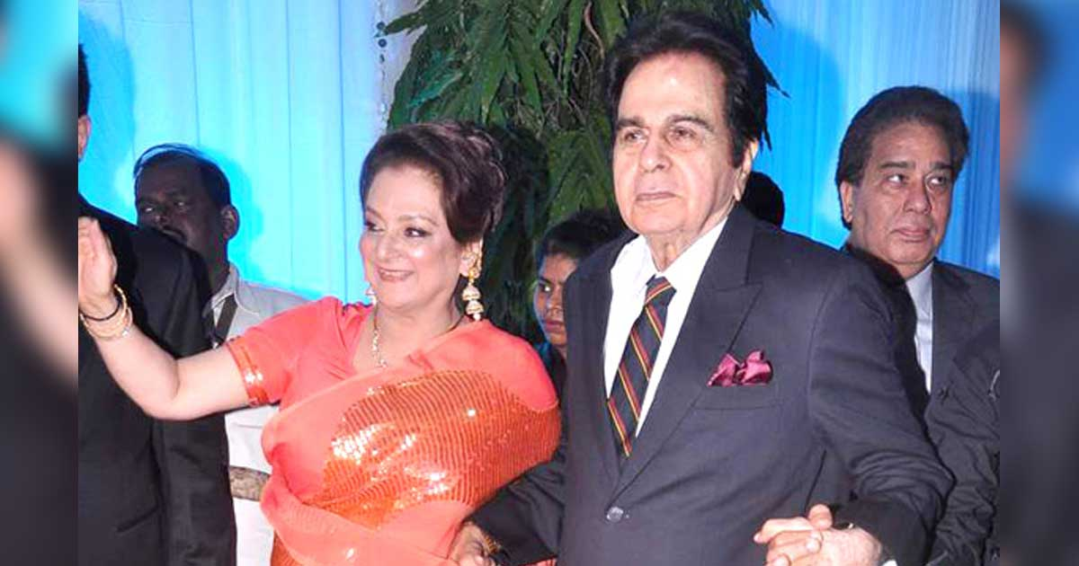 """Saira Banu In Shock Over Husband Dilip Kumar's Death: """"God Snatched Away My Reason For Living"""" - Read On"""