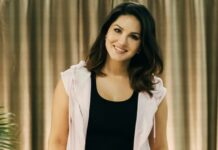 Sunny Leone is 'one with the couch'