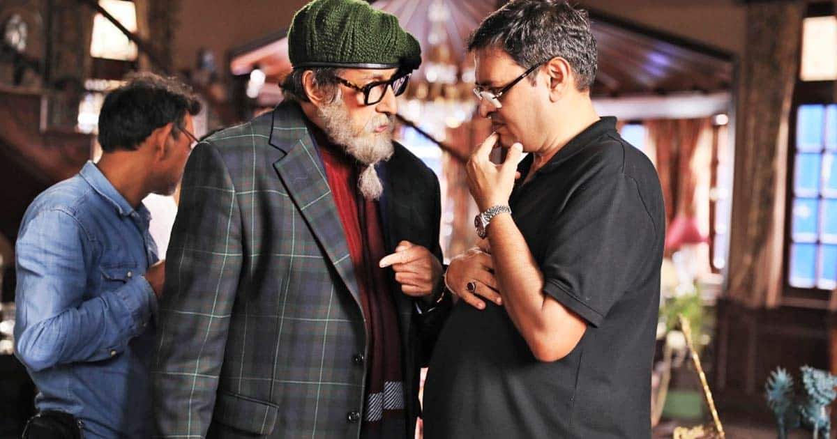Amitabh Bachchan Doesn't Act Like A Superstar On Set, Says Director Rumy Jafry