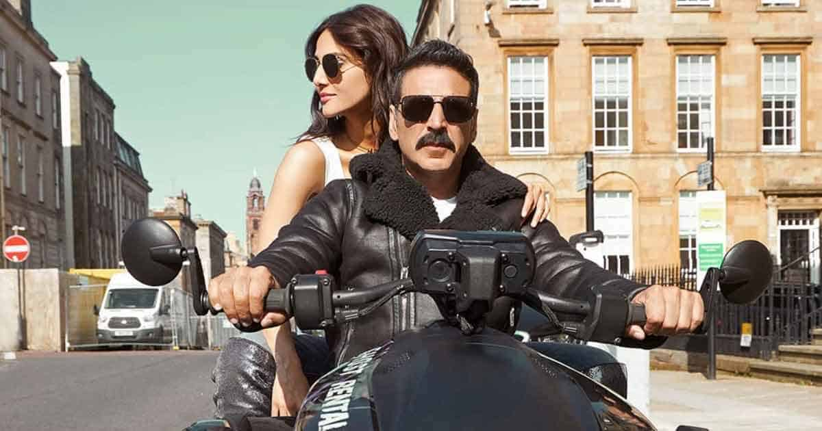 Bell Bottom Movie Review: Bringing Back Cinema Halls To Life In Akshay Kumar Style!
