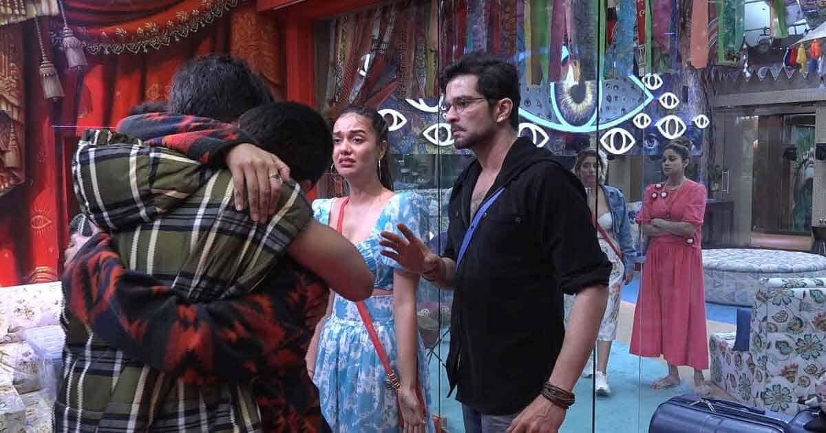 Bigg Boss OTT: Zeeshan Khan Evicted After Ugly Fight With Pratik Sehejpal & Nishant Bhat, Divya Agarwal Breaks Down