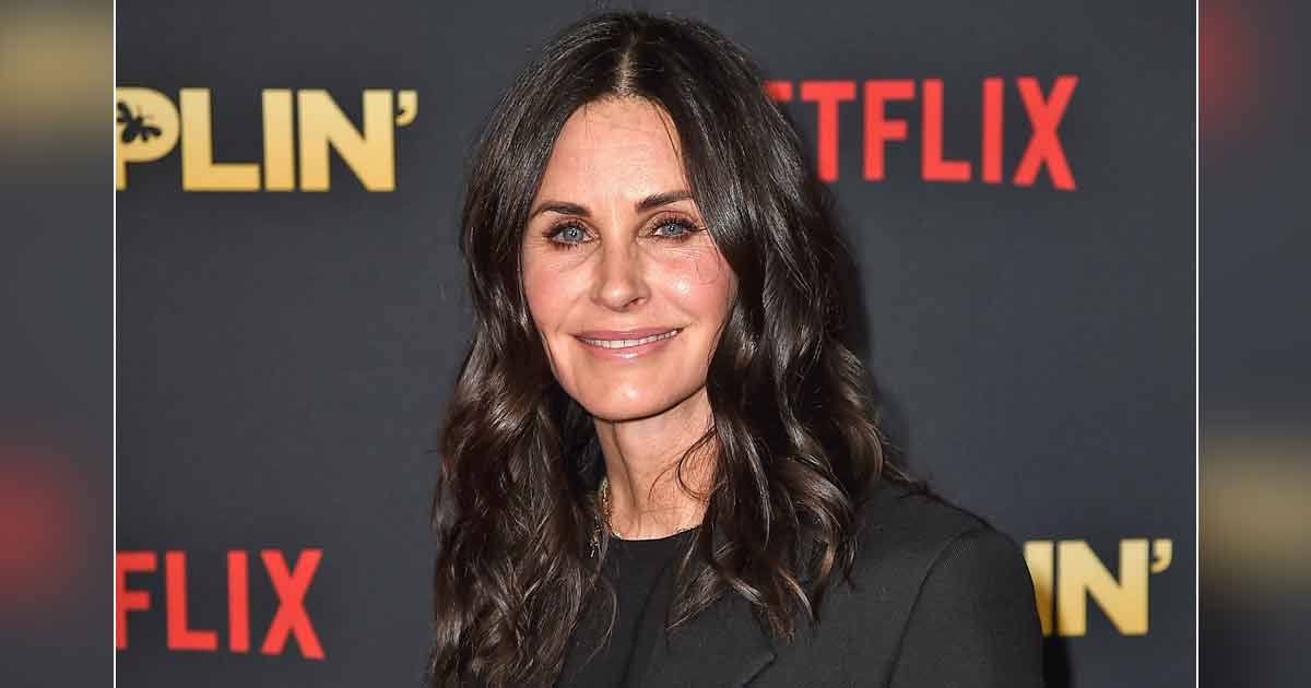 Courteney Cox Says She's Monica Without Saying Monica IRL & We Can't Keep Calm!