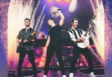 Jonas brothers kickstart 'Remember This' tour