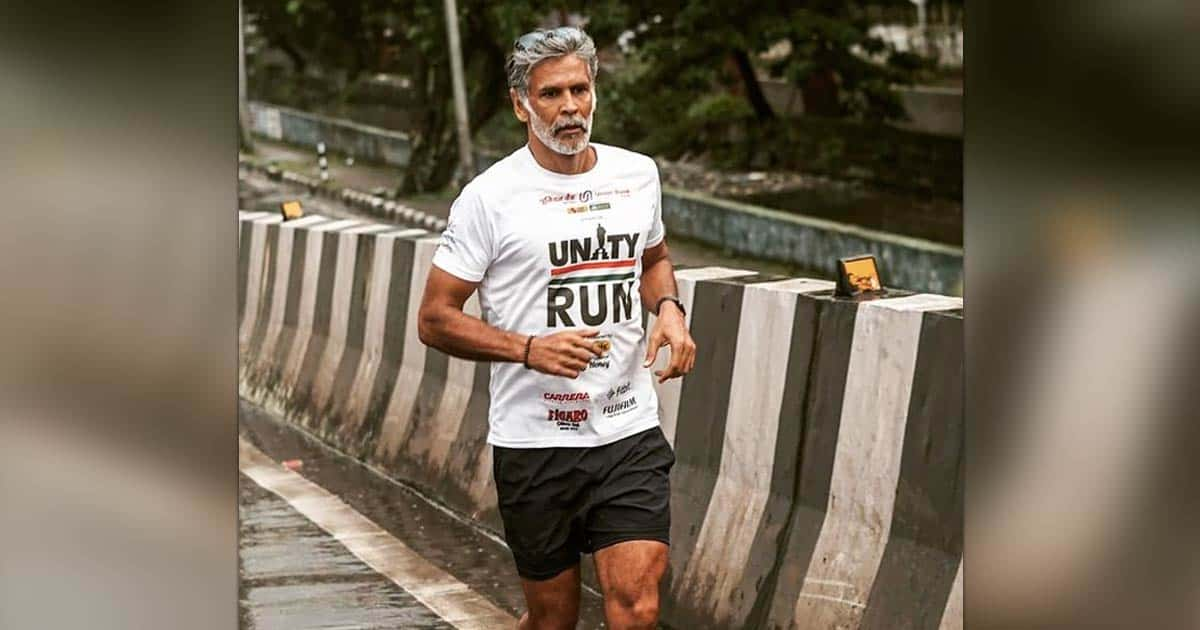 Milind Soman finishes 8-day barefoot run at Statue of Unity