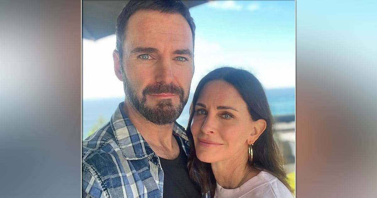 Courteney Cox Has Joined Sweetheart Johnny McDaid For A Trip To London For His Band Snow Patrol's Performance!