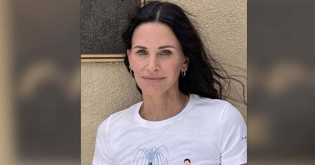 Courteney Cox Proves That She Is Monica Geller In Real Life Too With Her Latest Video
