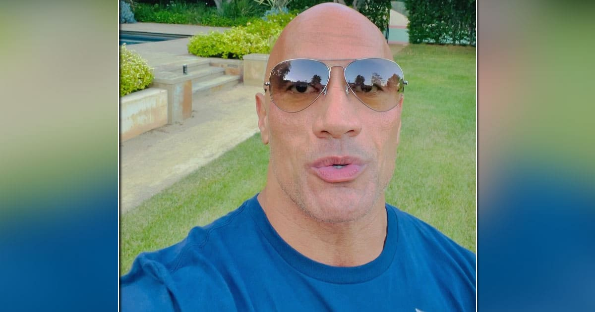 Dwayne Johnson Once Created World Record In Clicking Selfies