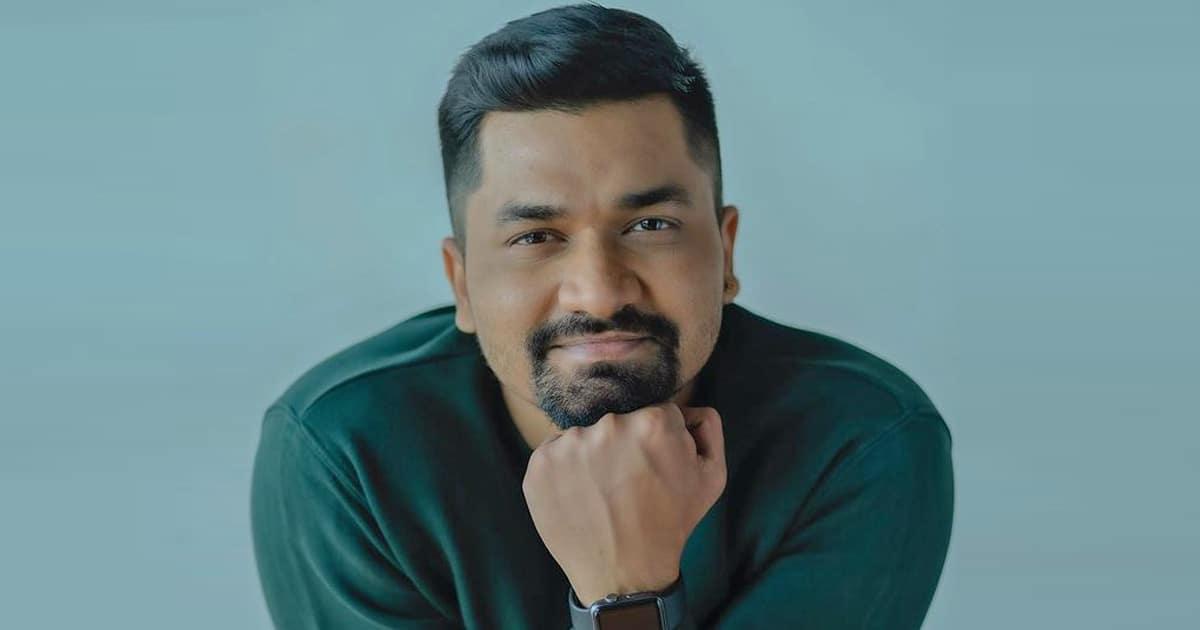 Taarak Mehta Ka Ooltah Chashmah Actor Prashant Bajaj injures shoulder as car hit by autorickshaw