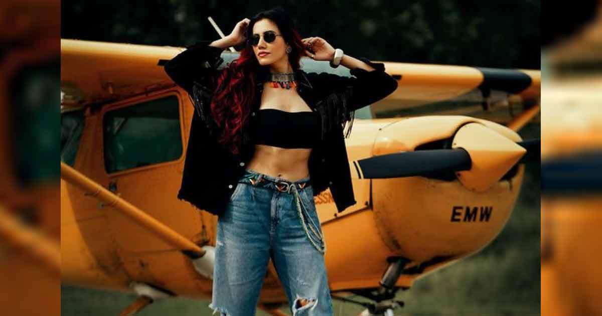 Sonnalli Seygall slays in glam avatar in Punjabi single 'Churi'