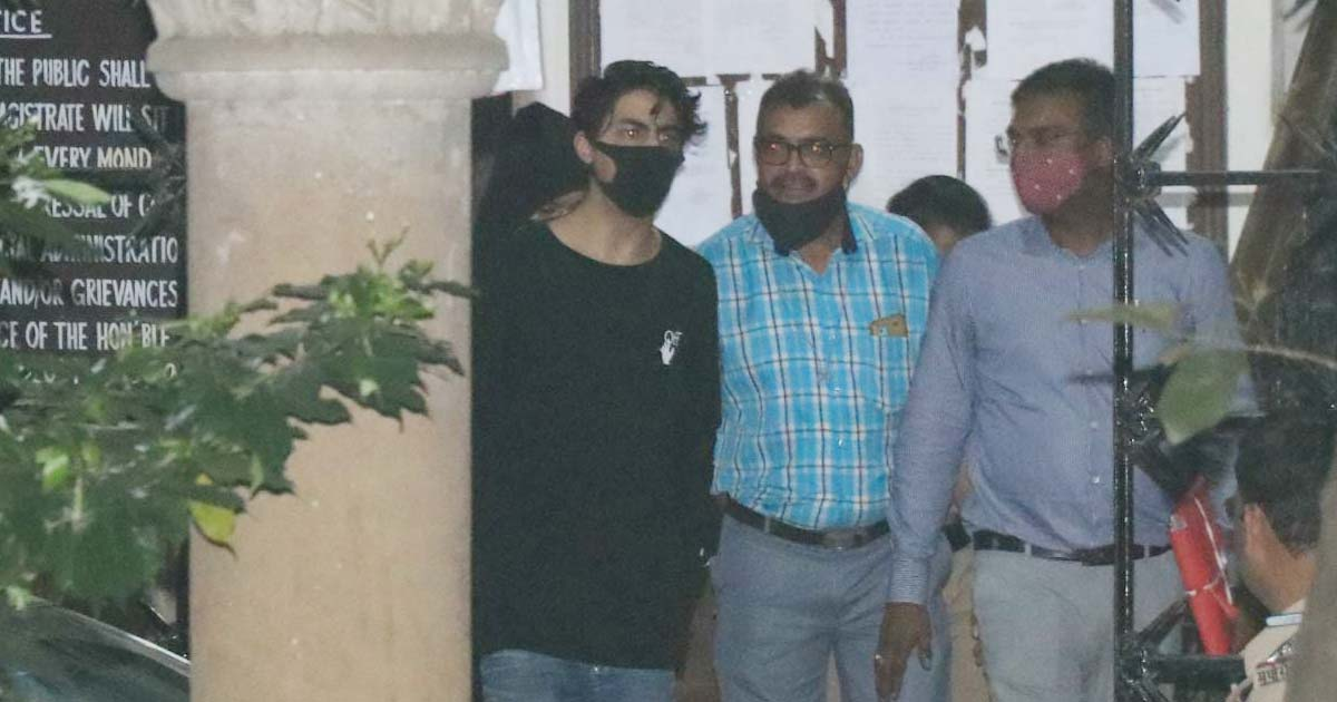 Cruiser rave party: SRK's son Aryan, 7 others arrested for drug use