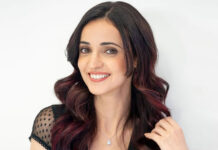 Sanaya Irani Recalls People Calling Her 'White Cockroach' & 'Lizard' For Being Too Much Fair, Read On