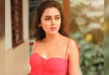 Tejasswi gets naughty in the house, flirts with Bigg Boss